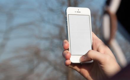 iPhone SE mockup